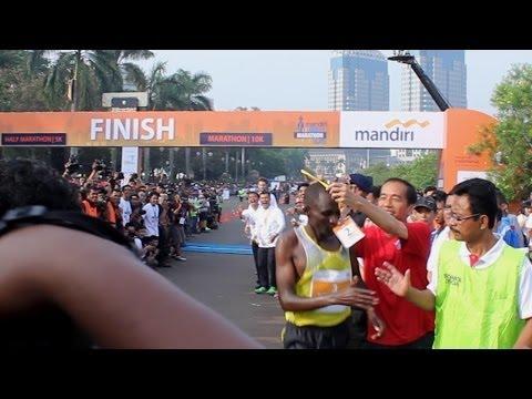 Pelari Kenya dikejar Jokowi