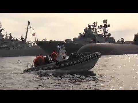 Учения по борьбе с подводными диверсантами в Североморске
