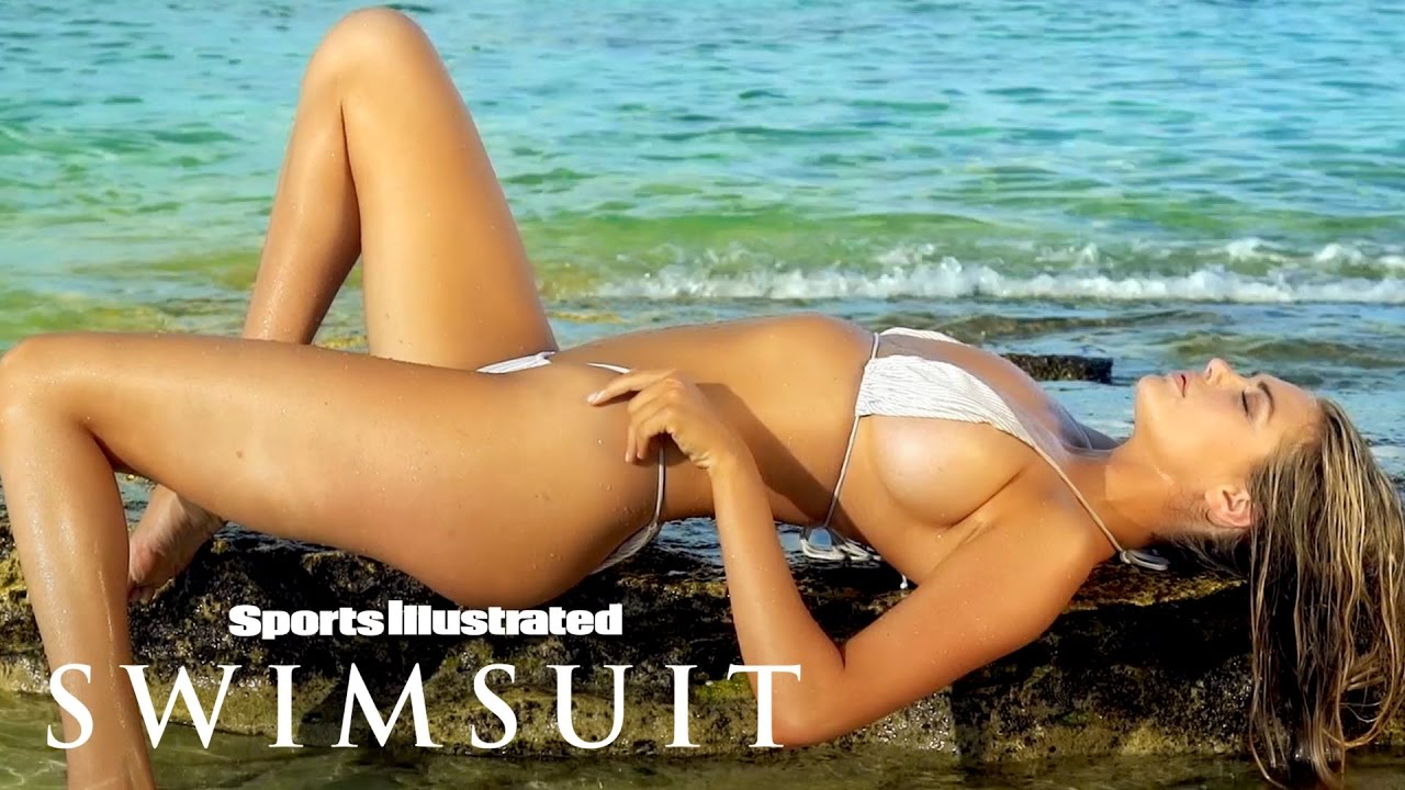 Kate upton feels herself in this sensual fiji photoshoot kate upton feels herself in this sensual fiji photoshoot intimates sports illustrated swimsuit voltagebd Gallery