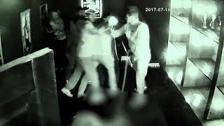 Как всё произошло в караоке-клубе