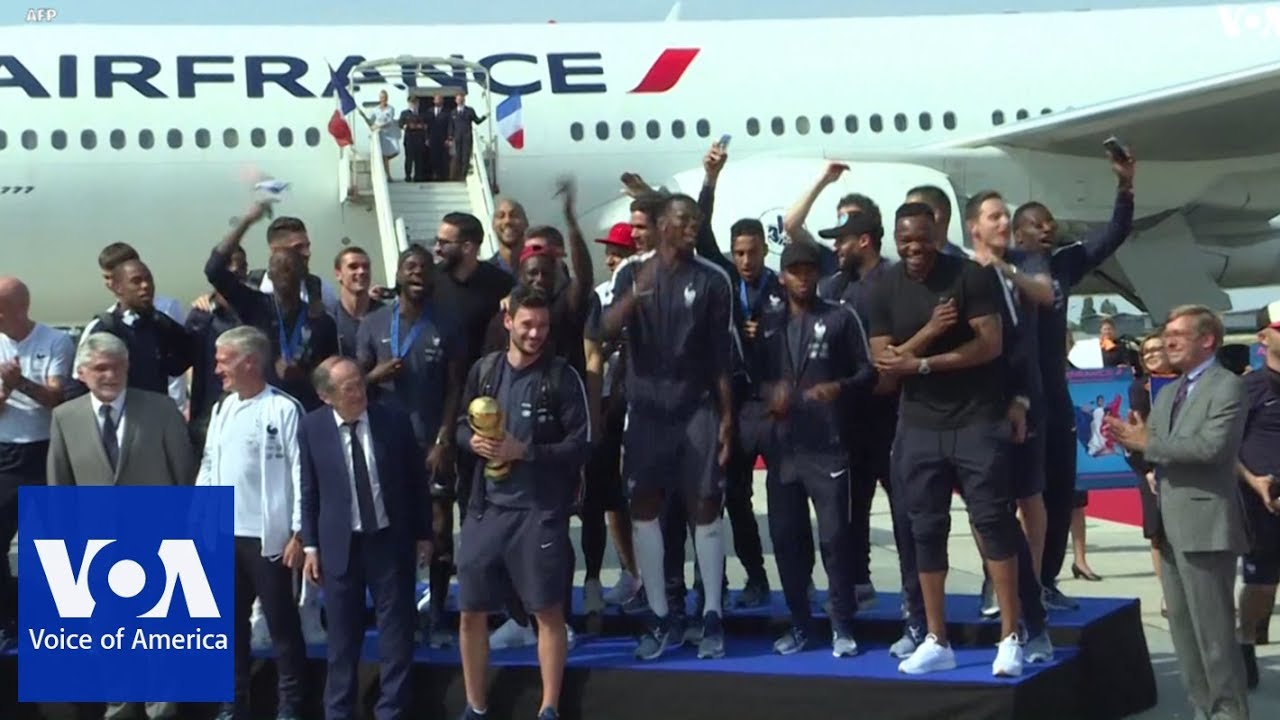 World Cup Winning French Team Returns Home Youtube