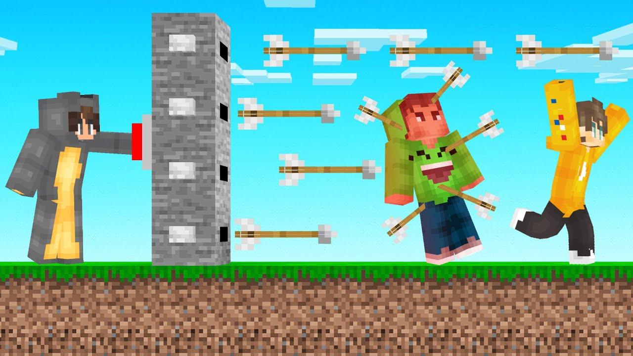Trolling My Friends With AN ARROW TRAP! (Minecraft)