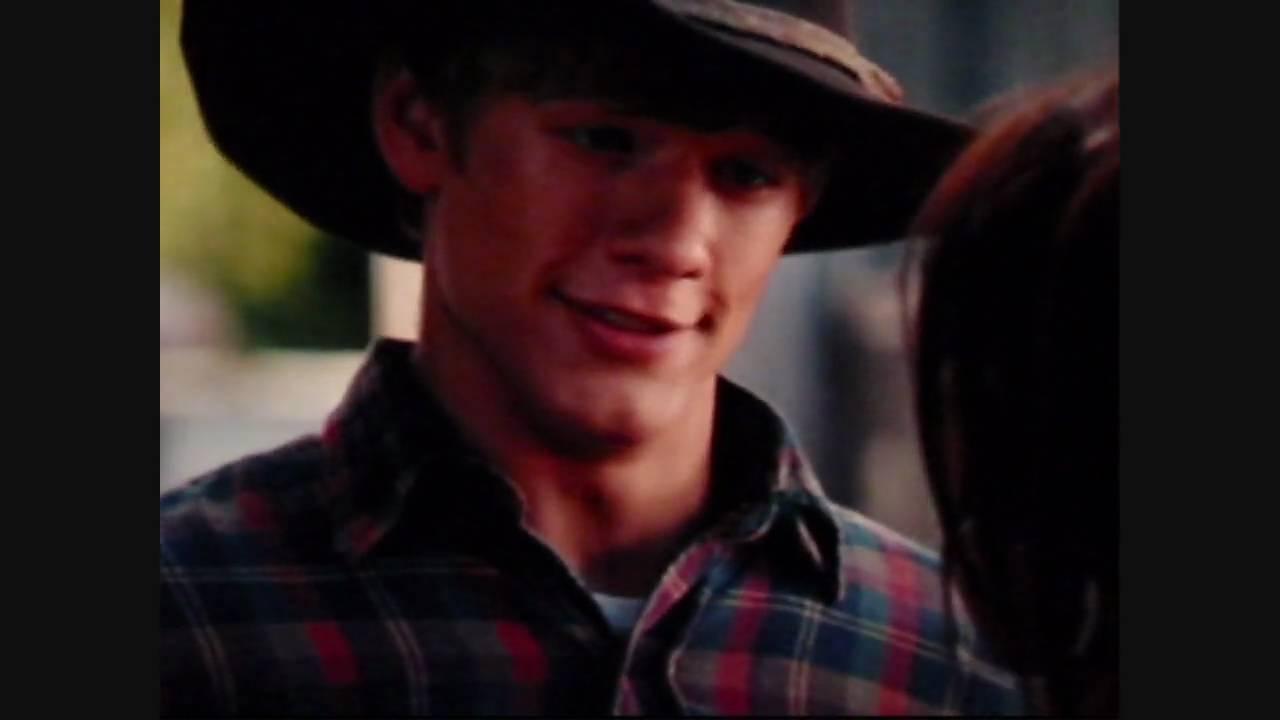 Miley And Lucas Kiss Hannah Montana The Movie Final Scene Dc