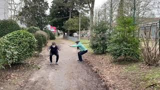 Kniebeugen Maria-Lenssen-Garten Rheydt - Muskelkater Rundweg