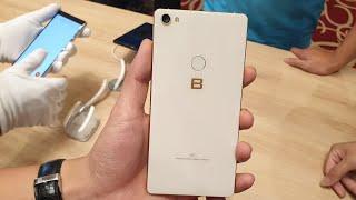 Trên tay BPhone 3 Pro: Snapdragon 660 khung vàng