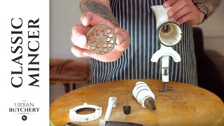 How to: Assemble a hand mincer for revolutionary cooking