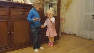 Ходячая кукла Снежана от фабрики Весна. Как она ходит.