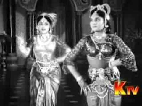 Download Tamil Movie Song Vanjikottai Vaaliban Kannum Kannum Kalandhu Hit Song from 1958