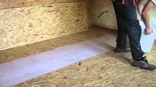 Roznaseci vrstva suche podlahy v Summerbridge House