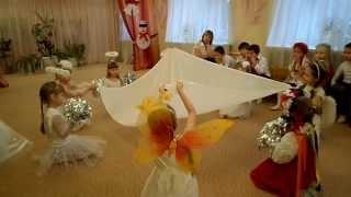 Танец ангелочков на день Святого Николая