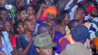 FALLY IPUPA reprend merveilleusement « Liputa » à Bujumbura