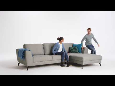 seats-and-sofas-tv-commercial-lissabon