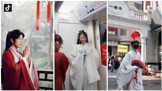 [抖音] Tik Tok Trung Quốc - Khi Bạn Mặc Đồ Cổ Trang Và Bạn Đang Phải Ở Thế Kỉ 21   WiFDm