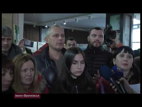 Батьки проти новообраного директора Опришівецької школи №6
