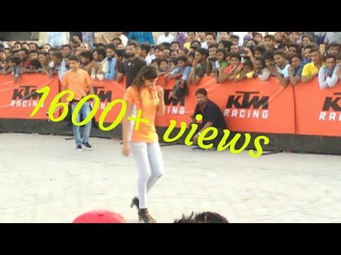 KTM Stunt Show In Sriganganagar , Awesome bike stunt