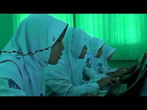 Simulasi UNBK 2017 SMP Negeri 6 Metro. Education.