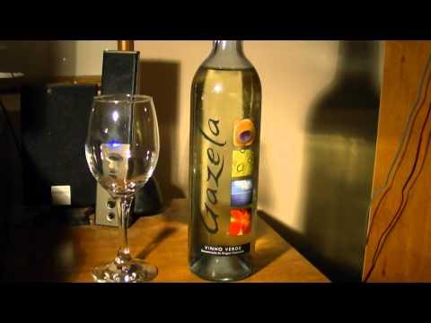 World Wine Review Sogrape Gazela Vinho Verde (Portugal)
