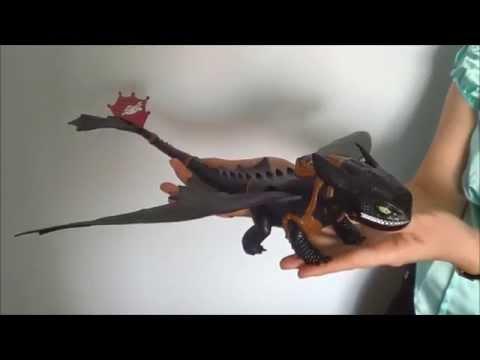 Большой дракон Беззубик, дышит огнем от САКС Игрушки Новосибирск