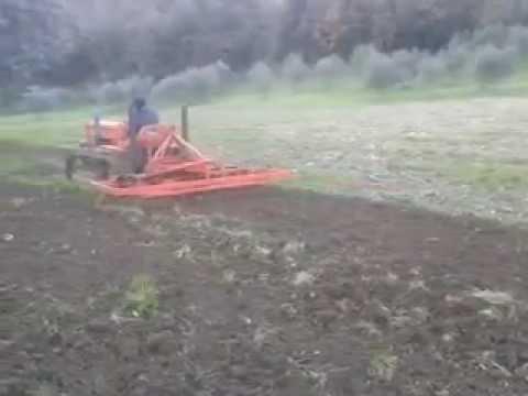 Preparazione letto di semina 2012 youtube - Letto di semina ...