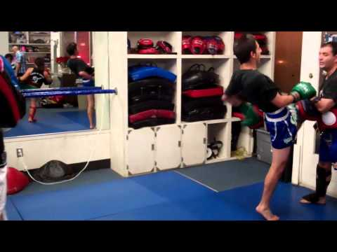 Redondo Beach Muay Thai | Manhattan Beach Kickboxing |   Free Intro Lesson! (310) 376-1602