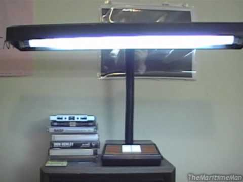 Quot Model 2450 Quot F15t8 Fluorescent Desk Lamp 1995 Youtube