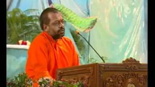 Tere Hi Sang Chalna Hai Teri Sharan Rahna | Sant Shri Asaram ji Bapu Bhajan Sung by Sureshanandji