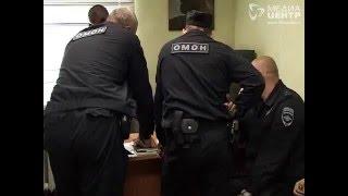 Делали деньги из воздуха: в Череповце полиция задержала подозреваемых в интернет-мошенничестве