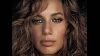 Leona Lewis - Bleeding Love - Karaoke + lyrics