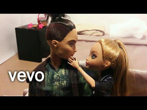 Ariana Grande - Into you | eah stop motion parody