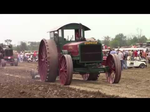 Giant Prairie Tractors at the 2015 Half Century of Progress Show