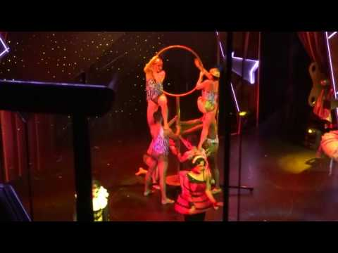Cirque Bijou show on Norwegian Jewel