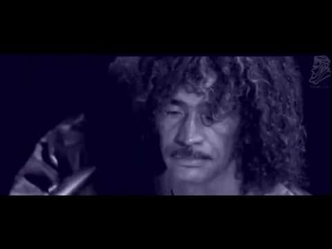 Tinariwen - Ulla illa - (live) with lyrics/subtitle