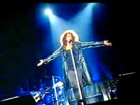 Video  Sad To See  Whitney Houston Singing I Will Always Love You What Happened To The Voice