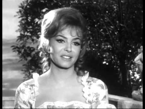 Michèle Mercier - Interview (1964)