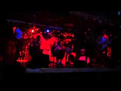 Песня С.Э.Р. home version - Улыбайся - Не напрягайся в mp3 192kbps