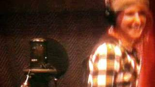 Hayley Williams from Paramore singing Decode in recording studio (funny)