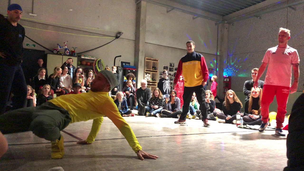 Warrior - Cosco - Space Vs Juanito - Fred - Charaf - Battle Exhibition   Funky Feet Academy
