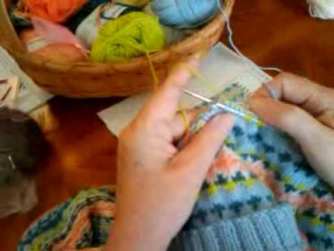 Fair Isle Knitting-How to Wrap a Float by Suzy - YouTube