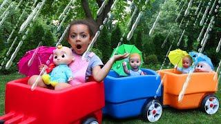 Oh No! It's Raining Kids Song - Leah Pretend Play Sing Along Nursery Rhymes