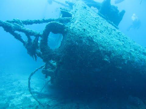 Diving U.S.S. Emmons Shipwreck Okinawa