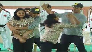 Bollywood Actors Ugly Slap Stories Shahrukh Kha...