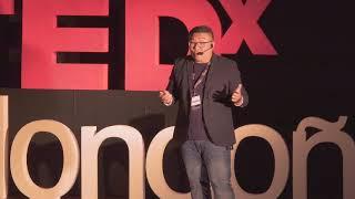 Rompiendo barreras culturales | Antonio Liu Yang | TEDxMondonedo