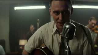 "Tom Hiddleston ""Move it on Over"""