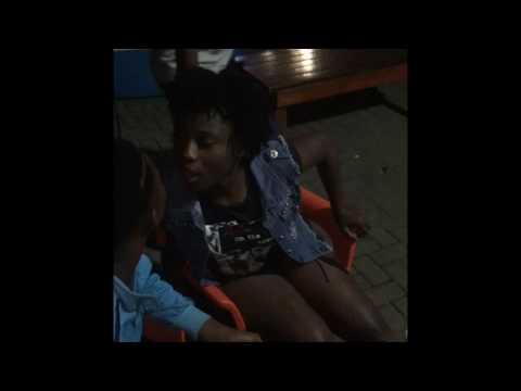 Mzansi wild girls dancing & kissing thumbnail