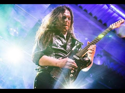 KLANG:technologies on tour with Hammerfall: Interview with Pontus Norgren, Guitar/Monitor