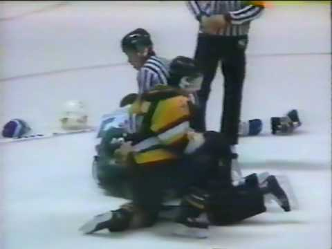 Steve Jaques Vs Brent Bilodeau - WHL - 1990-03-24