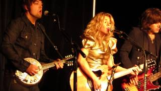 """The Band Perry """"Pioneer"""" Live Acoustic Fan Club Party 2013"""