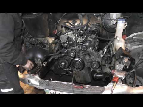 Капитальный ремонт двигателя часть 1 снятие и разборка мотора Sprinter 315 646
