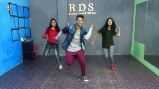 Chamma Chamma Dance Video || Ronick Choreography || Neha kakker || Basic girls dance
