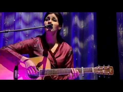 Souad MASSI Live Acoustic 2007.avi